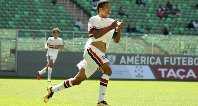 Marquinhos Cipriano São Paulo (Foto: Igor Amorim / site oficial do São Paulo FC)