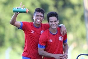 Bergson e Daniel Morais Náutico (Foto: Aldo Carneiro/Pernambuco Press)