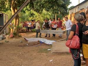 Três pessoas foram assassinadas em Poconé, Mato Grosso. (Foto: Reprodução/TVCA)