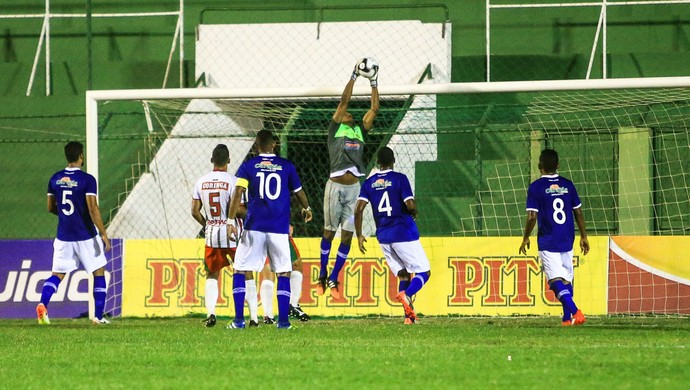 Mota, goleiro do CSA (Foto: Ailton Cruz / Gazeta de Alagoas)