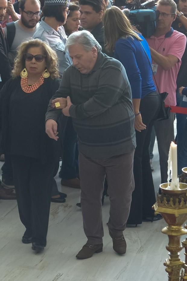 Angela Maria no velório de Cauby Peixoto (Foto: Francisco Cepeda/AgNews)