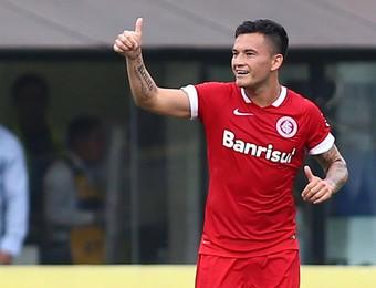aranguiz santos x internacional gol (Foto: Marcos Bezerra/Futura Press/Agência Estado)