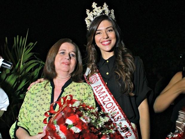 Vivian Amorim com a mãe, Vera Lúcia (Foto: Mônica Dias/G1 AM)
