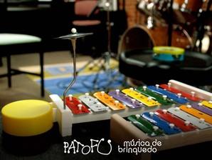 pato fu musica de brinquedo