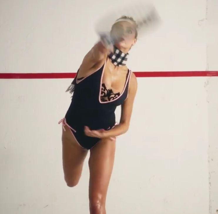 Kate Upton mostra sua porção jogadora de Squash em vídeo (Foto: Reprodução/Instagram)