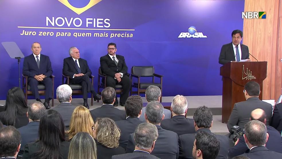 Michel Temer e o ministro Mendonça Filho anunciaram a reestruturação do Fies na quinta-feira (6) (Foto: Reprodução/NBR)