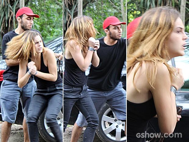 Anita é sequestrada com a ajuda do comparsa de Antônio! (Foto: Malhação/ TV Globo)