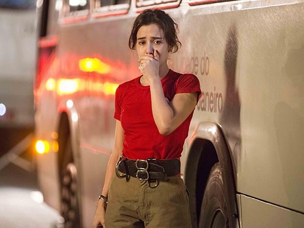 Angélica se entrega a uma nova paixão, mas sofre de ciúmes (Foto: Ellen Soares / TV Globo)