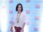 Deborah Secco, Rodrigo Santoro e outros conferem pré-estreia de filme