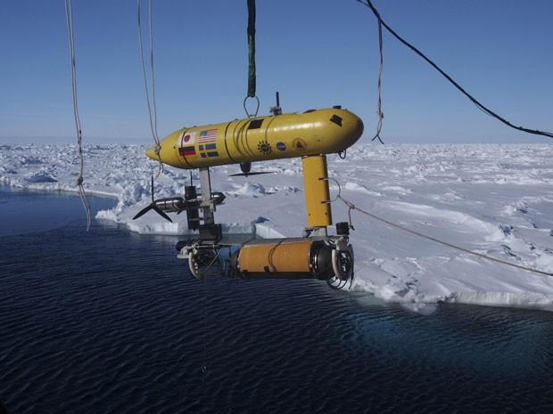 O objetivo do projeto, que integra oito países, é mapear vales e montanhas existentes abaixo da superfície do mar antártico (Foto: Divisão Antártica Australiana/Reuters)