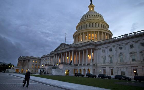 Foto desta terça-feira (15) mostra o prédio do Capitólio em Washington, nos Estados Unidos (Foto: AP Photo/Evan Vucci)