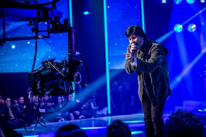 Paulo animou a plateia do 'SuperStar' cantando antes do programa começar (Foto: Isabella Pinheiro/Gshow)