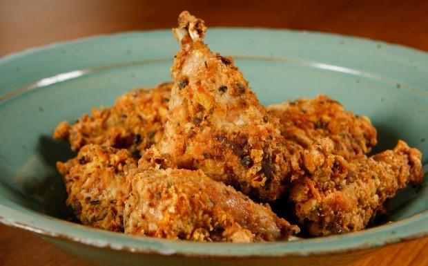 'Receitas da Carolina' - Ep. 9 - Coxinha de frango frita (Foto: Tricia Vieira)