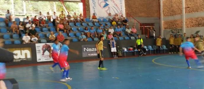 Barra Mansa e Mendes fizeram jogo movimentado (Foto: Alysson Costa/TV Rio Sul)