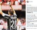 """Danilo festeja renovação com o Corinthians: """"Orgulho deste time"""""""