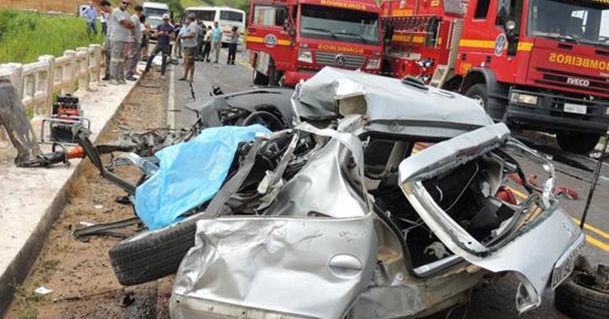 Trecho da BR-116 entre Muriaé e Miradouro é liberado após acidente - Globo.com