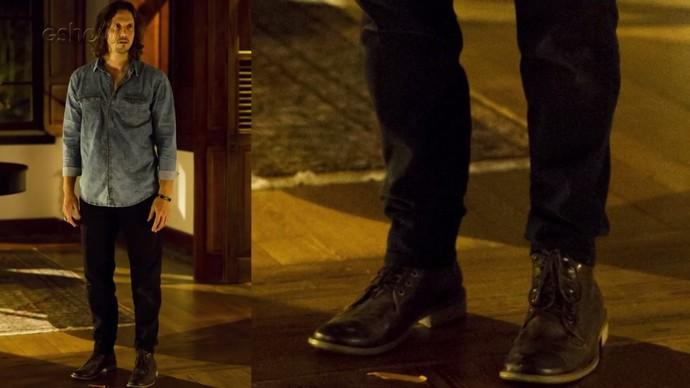 As botas também são itens marcantes no figurino do roqueiro (Foto: César Alves/TV Globo)