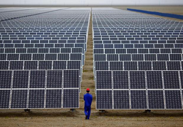 Paineis de captação de energia solar ; fontes renováveis de energia ; energia limpa ;  (Foto: Carlos Barria/Reuters)