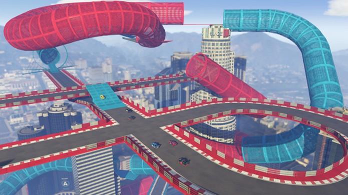 GTA 5 ganha criação de pistas bizarras em seu multiplayer GTA Online que parecem saídas do game Trackmania (Foto: Reprodução/VG247)