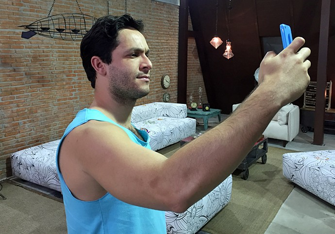 Rainer Cadete invade o Snapchat do Gshow (Foto: Guilherme Toscano / Gshow)