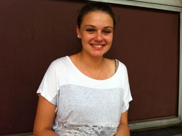 Nathália Fappi, 18 anos, quer entrar no curso de letras da USP (Foto: Ana Carolina Moreno/G1)