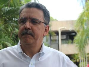 Médico legista Silvio Luis da Silveira Lemos, que atendeu criança torturada (Foto: Gabriela Pavão/ G1 MS)