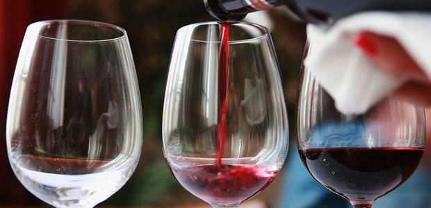 Como escolher a taça de vinho ideal (Foto: Getty Images)