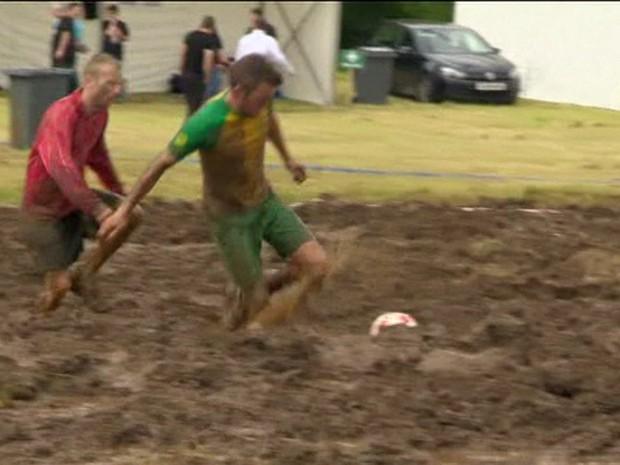 A Copa do Mundo na Lama acontece em Argyll, na Escócia (Foto: BBC/Reprodução)