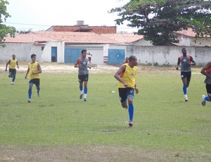 Sem jogar, Marahão se dedica à rotina de treinos (Foto: Bruno Alves)