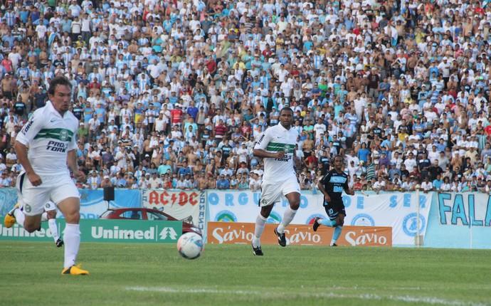 Willian no jogo do Londrina x Coritiba, pela final do turno do Paranaense (Foto: Fernando Araújo)