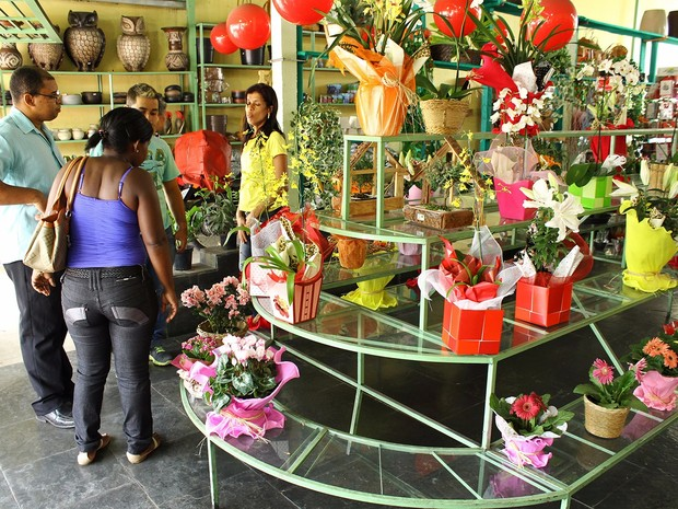 Pesquisa da Fecomércio-MG diz que consumidores pagarão entre R$ 70 e R$ 200 em presentes no Vale do Aço. (Foto: Emmanuel Franco/Sindicomércio)