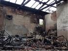 Queda de raio no norte do Paraná causa incêndio em sobrado