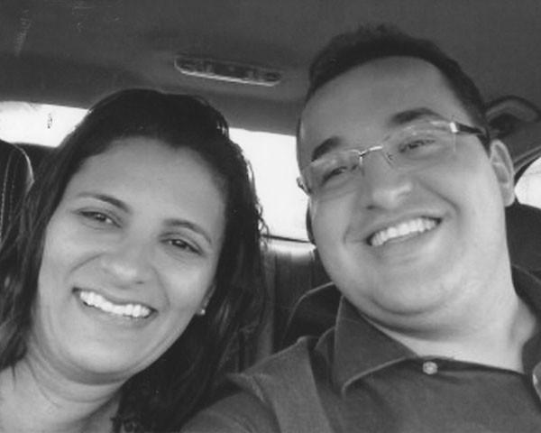 A professora Renata Fagundez, de 41 anos, se casou com Júnior, 11 anos mais novo (Foto: Arquivo pessoal)
