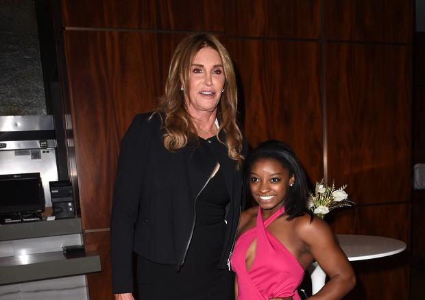 Caitlyn Jenner e Simone Biles (Foto: Getty Images)