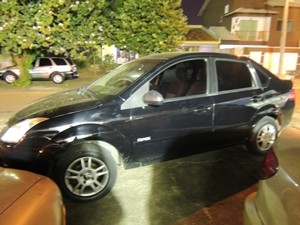 Carro de Vilma Martins, onde produtos furtados foram encontrados, em Goiânia (Foto: Gabriela Lima/G1)
