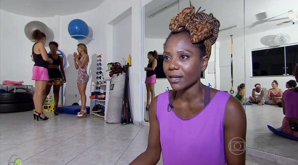 Marysol Santos é professora de aerosamba (Foto: Reprodução/TV Tribuna)