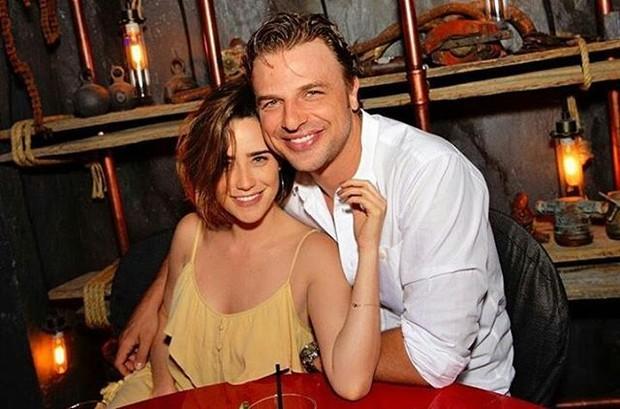 Adriana Vascocellos e Cassio Reis (Foto: Instagram / Reprodução)