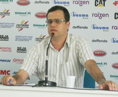 Matheus Bonassi XV de Piracicaba Nhô Quim  (Foto: Guto Marchiori)