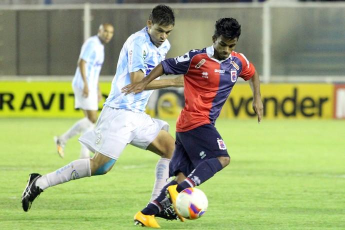 Gedeil, macaé x paraná (Foto: Tiago Ferreira / Macaé Esporte)