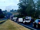Protesto contra impeachment fecha pista da Rodovia Washington Luís