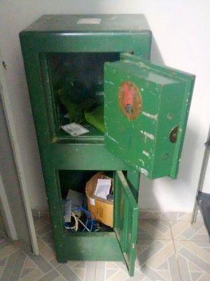 Cofre arrombado da Guarda Municipal de Elias Fausto (Foto: Guarda Municipal)