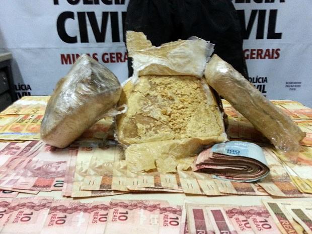 Polícia Civil prende homem com 3 quilos de crack em Poços de Caldas (Foto: Polícia Civil)