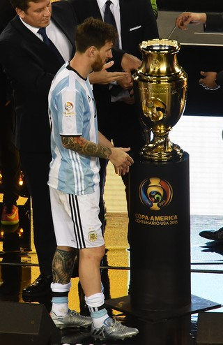 Messi Argentina x Chile (Foto: AFP)