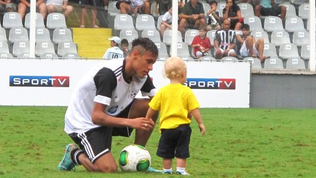 Neymar e Davi Lucca, Jogo Beneficente na vila Belmiro (Foto: Marcelo Hazan / Globoesporte.com)