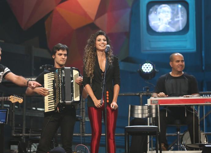 Paula Fernandes no Altas Horas (Foto: Carol Caminha/Gshow)