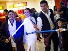 Fãs de Star Wars se reúnem para assistir 'O Despertar da Força' em AL