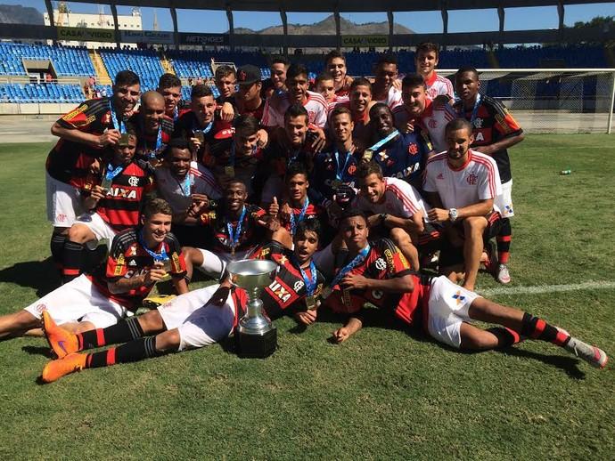 Flamengo sub-20 (Foto: Edgard Maciel de Sá/ GloboEsporte.com)