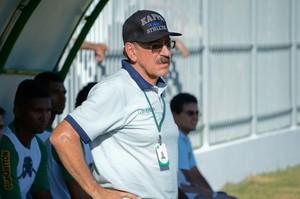 Américo Faria, técnico do Boavista (Foto: Léo Borges/NaJogada)