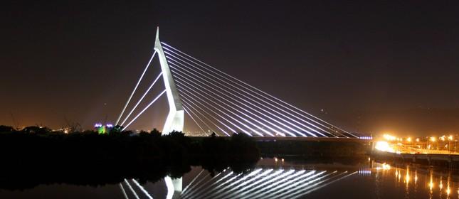 Ponte do Saber, que liga a Cidade Universitária à Linha Vermelha