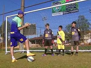 Plano de governo prevê a retomada das escolinhas de futebol (Foto: Reprodução /EPTV)